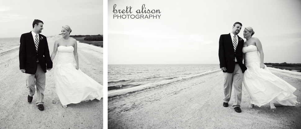 beach wedding photos new seabury country club