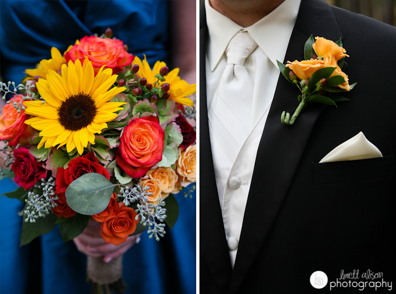 roses and sunflowers wedding bouquet