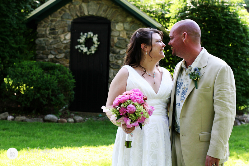 bride and groom wedding sunapee nh