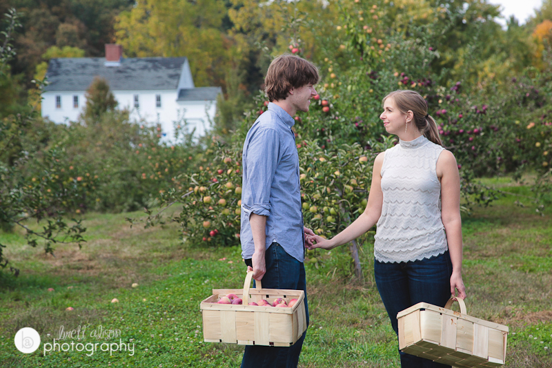 orchard hill engagement photos ri