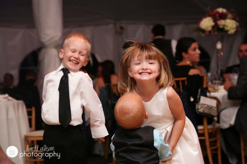 dancing kids at wedding