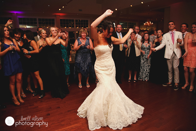 reception dancing at cruiseport in gloucester