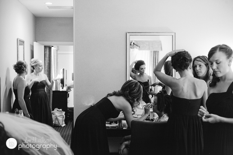 bridesmaids in suite rockport inn wedding