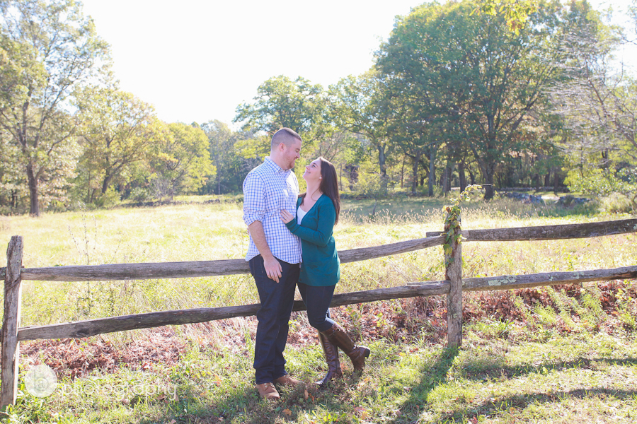 fall engagement session massachusetts