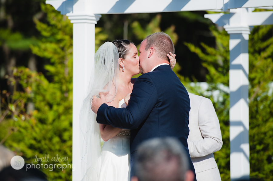 southshore ma wedding photographer candid