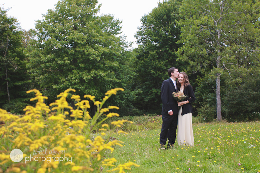 candid maine wedding photographers