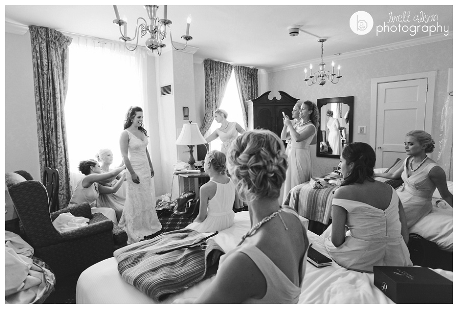 girls getting ready hawthorne hotel wedding