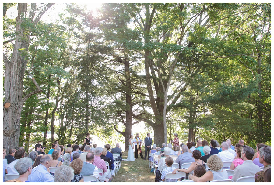 outdoor woodsy wedding southern nh