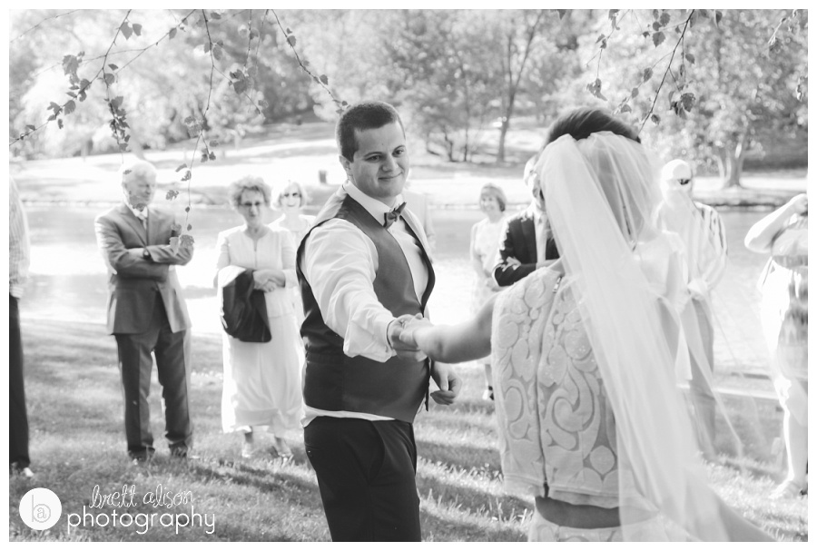 documentary style wedding photographer nh