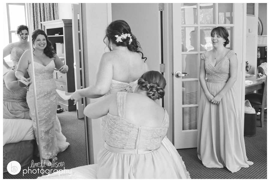 candid wedding photographers massachusetts