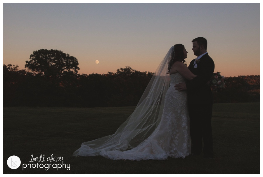moonlight wedding photos zukas hilltop barn